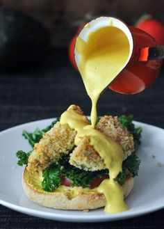 Avocado Kale Florentine with Smoked Hollandaise @spabettie