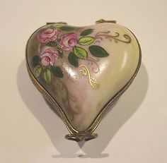 Peint-Main-LIMOGES-France-Hand-Painted-Hinged-Trinket-Boxes-Heart-amp-Shoe