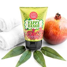 Celebrate each day with happily hydrated hands. This rich pomegranate and musky bergamot-scented hand crème perfectly moisturizes skin with a hydrating blend of coconut oil, vitamin E, aloe, and vitamin-rich apricot kernel oil. With a non-greasy formula and a cute, portable package, it's perfect for pampering on the go. Apply to dry hands when they need a pick-me-up and get skin so soft you'll feel like dancing.