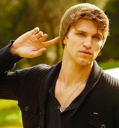 keegan allen million miles away