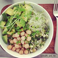 detox salad! all organic, fresh rocket, sprouts, chickpeas, avocado + bean shoots with a dressing of black pepper, olive oil + lemon