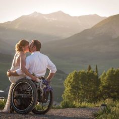 We are swooning over Meredith + Jake's #goldenhour #weddingportraits today while editing in the studio! These two beautiful people were such a blast to work with. Stay tuned all week for more sneak peeks from their day! #CrestedButte #Bride #groom #weddingideas #weddingphotography #crestedbuttewedding @victoriarosebridal