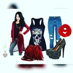 Here is what i wore for #saturday  Spiked hearts  Check out my blog for all the details Www.lolasdreamhouse.weebly.com (Live link is in my bio)  #blogger #fashion #fashionaddict #ilovefashion #lolal1989 #fashiontrend #gothinspired #darkoutfitinspired