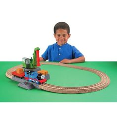 Fisher-Price Thomas & Friends TrackMaster Play Set, Colin in the Party Surprise, Multicolor