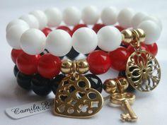 https://www.facebook.com/pages/Camila-Ross-Design/353092698126309 Agat biały Jadeit czerwony Onyks czarny zdobione kulkami oraz zawieszkami z pozłacanego srebra(próby 925)