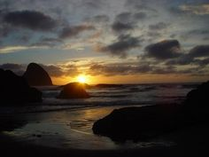 Pacific Sunset 1; Photo by: Eric Workman