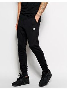 Nike V442 Slim Sweatpants - Black