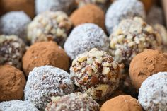 This decadent truffle recipe also happens to be dairy-free, gluten-free, and great for you! Full of healthy coconut oil, cacao powder, and. Alkaline Diet Recipes, Vegan Recipes, Spelt Recipes, Cake Pops, Der Ludwig, Dr Sebi Recipes, Electric Foods, Truffle Recipe, Iftar