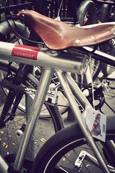 Is this your bike? Take Part in Our Contest to get a 15% discout on the purchase of a new Derriere bicycle saddle!! #derriereitalia#bicycle saddles#custom#fixed#NYC#bikepolo