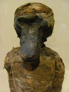 Rosicrucian Museum Rosicrucian Museum       Más nuevos Más antiguos Thoth. Mummified baboon. Late Period. Ptolmaic Period. Ceramic, wood, linen.