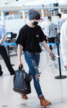 [160703] BTS JUNGKOOK back in Korea after Epilogue: in Nanjing Airport ✈