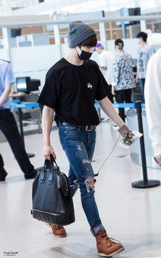 [160703] BTS JUNGKOOK back in Korea after Epilogue: in Nanjing Airport ✈