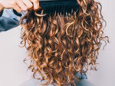 Beauty Makeup, Hair Makeup, Hair Beauty, Curly Hair Styles, Natural Hair Styles, Covering Gray Hair, Cabello Hair, Curly Girl Method, Natural Beauty Tips