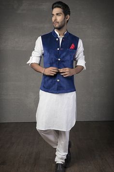 India, Thailand. Band Gale Ka Coat or Nehru Jacket, often worn with long sleeves when it does not include these itself