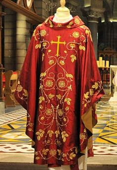 (Blood Angels, Primarch) Red Chasuble. Vestments.