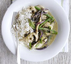 The definition of curry in a hurry, try this fragrant Thai spice-pot with chicken, green beans, basil and basmati rice