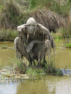 "thefabulousweirdtrotters: "" Homo Algus, Marais de Séné, Bretagne, France Land art by Sophie Prestigiacomo "" *——-* Is there a fairy tale or folklore behind this art? On the flipside, as. Land Art, Fantasy Kunst, Fantasy Art, Diy Scarecrow, Swamp Creature, Halloween And More, Diy Halloween, Halloween Decorations, Tree Art"