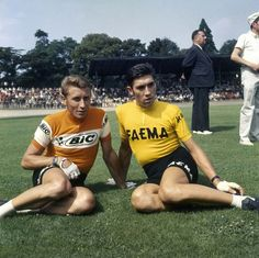 Jacques Anquetil and Eddie Merckx, jus' chillin'. Or not if the Speed was still doing its job.