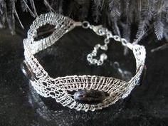 geklöppeltes Armband aus 925er Silber mit Rauchquarz