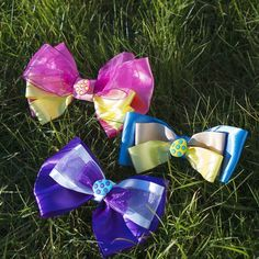 Are You ready for the Easter Egg hunt? Our new Easter Range features Eater Egg Bow Ties! The Pink Egg Bow Tie is created from Luxurious bright pink and Yellow Satin ribbon! The Blue Egg Bow Tie is created from Luxurious sky blue and sunlight yellow Satin ribbons! The Purple Egg Bow Tie is created from Luxurious deep purple and pure white with silver sparkle satin ribbons!  Created lovingly for Your beloved to look stylish and stand out at this Easter holidays! Luxury Bow Tie is medium to…