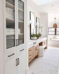"""Pure Salt Interiors on Instagram: """"So much natural light and fresh whites make this spa-like master bath at our #losgatosproject shine and sing✨we love this photo for…"""" Bathroom Design Inspiration, Bathroom Interior Design, Bathroom Renos, Master Bathroom Plans, Master Bath Layout, Master Bath Vanity, White Master Bathroom, Master Bedroom Closet, Washroom"""