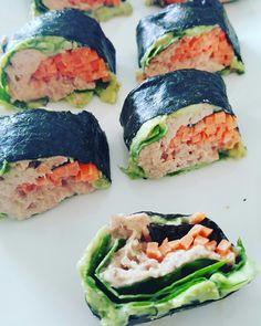 Even heel snel een super simpel, maar oh zo heerlijk receptje, gezonde Sushi!!! Werkelijk in 10 minuten te maken en handig om mee te...