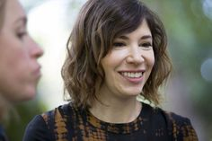 """""""Portlandia"""" star Carrie Brownstein was promoting her new memoir in a conversation with Amy Poehler. Then a couple had an unusual question -- could Brownstein marry them? Carrie Brownstein, Amy Poehler, Memoirs, Carry On, Conversation, Presidents, Hairstyles, Stars, Tv"""