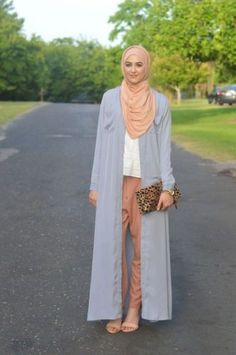 long gray cardigan with tan hijab- Long cardigans and vests hijab trends http://www.justtrendygirls.com/long-cardigans-and-vests-hijab-trends/