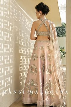 Pink crepe lehenga with pearls, crystals , sequins and beads hand embroidery Indian Bridal Lehenga, Indian Bridal Wear, Indian Wedding Outfits, Indian Wear, Indian Outfits, Indian Clothes, Bridal Lenghas, India Fashion, Ethnic Fashion