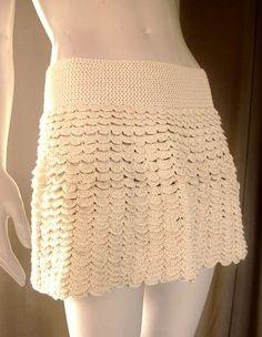 Crochet skirt  http://crochetmes3.blogspot.com/