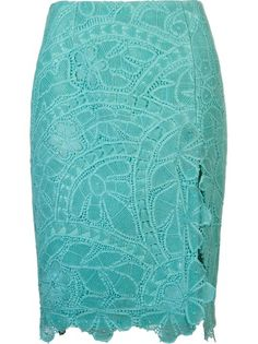 Martha Medeiros Saia Lápis Azul Point Lace, Lace Making, Lace Knitting, Elegant Dresses, Couture, African Fashion, Fashion Models, Fashion Dresses, Cute Outfits