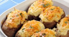 Πατάτες γεμιστές με κοτόπουλο και τυρί