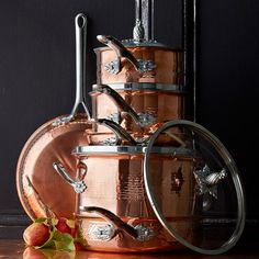 We collaborated with the legendary coppersmiths at Ruffoni to create our exclusive Thermo-Clad™ Copper series. Designed to bring the joys of cooking with premium copper to home cooks, the bonded pans combine beautiful mirror-finish copper wi… Copper Pots, Copper Kitchen, Hammered Copper, Copper Cookware Set, New Home Wishes, Thing 1, Beautiful Mirrors, Living Room White, Diy House Projects