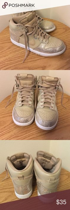 Nike Hightop Sneakers Minor flaw on left shoe, shown in last photo, barely noticeable Nike Shoes Sneakers