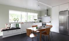 Nye retrokjøkken / New vintage Larder Cupboard, Kitchen Cupboard Doors, Butler Pantry, Countertops, Traditional, Oslo, Retro, Table, Inspiration