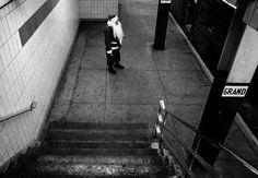10 PROMINENT STREET PHOTOGRAPHERS  BRUCE GILDEN http://www.widewalls.ch/10-prominent-street-photographers/bruce-gilden/ #streetphotography #streetphotographers #BruceGilden #NewYork