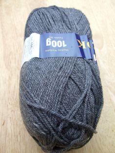 100g Sirdar Hayfield Bonus DK knitting yarn 0790 Dark Grey Mix knitting wool £1.90