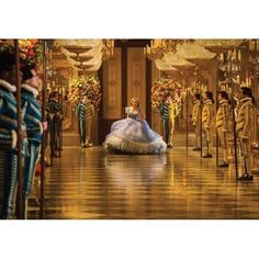 Cinderellagown4.jpg;  640 x 640 (@100%)