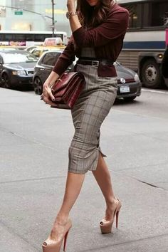 Pencil skirt and heels..love!!!!