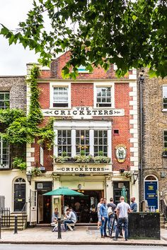 The Cricketers pub in Richmond, London is one of the area's most beloved historic drinking establishments. London Neighborhoods, London Pubs, London City, London Bridge, Richmond London, Richmond Park, Richmond Green, Richmond England, South London