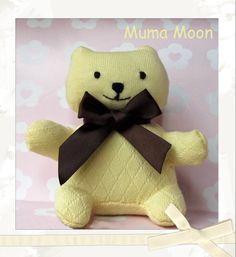 Osito hecho con un calcetín. Handmade. Teddy bear made from a sock