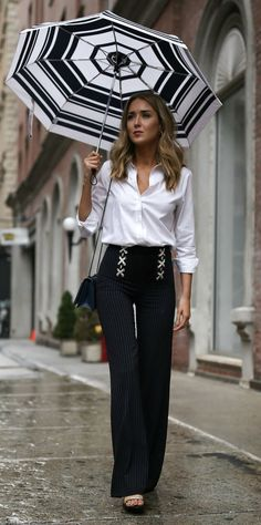STATEMENT PANTS: FROM WORK TO PLAY // Khaki trench coat, classic white button down, x lace up pinstripe wide leg pants {Veronica Beard, Everlane, J Crew, weekend style, fashion blogger}
