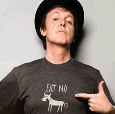 """""""If slaughterhouses had glass walls, we'd all be vegetarians."""" - Paul McCartney I say it isn't 'meat' it is lambs and calves terrified by the death experience and pumping poisonous hormones into that meat people eat. Why Vegan, Vegan Vegetarian, Famous Vegans, I Am The Walrus, Go Veggie, Spiritual Words, Sir Paul, Dairy Free Options, Vegan Beauty"""