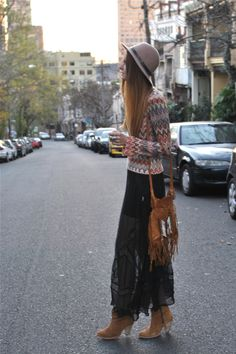 Isabel Lucas. Wear it with #NaomiLevi's Byron Bag... http://www.naomilevi.com/online-shop/sample-catalog-11/product-12