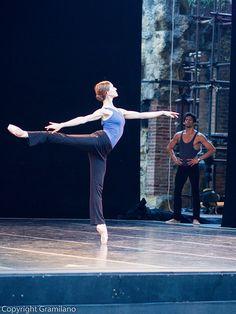 "Marianela Nuñez rehearsal ""Swan Lake"" /photo by Graham Gramilano' Spicer Ballet Class, Ballet Dancers, Ballerinas, Bolshoi Ballet, Royal Ballet, Shall We Dance, Just Dance, Dance Photos, Dance Pictures"