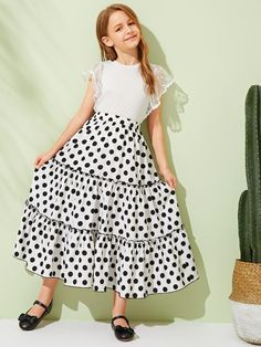 To find out about the Girls Tiered Frill Trim Polka Dot Skirt at SHEIN, part of our latest Girls Skirts ready to shop online today! Girls Maxi Dresses, Little Girl Dresses, Fashion Dresses, Fashion Styles, Simple Gown Design, Kids Dress Wear, Kids Frocks Design, Frocks For Girls, Kurti Designs Party Wear