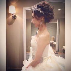 もう1枚✨ #wedding #weddingdress #hayley #Verawang #ハツコエンドウ#ヴェラウォンブライド #ヴェラウォン#ヘイリー#ウエディング#ウエディングドレス#ヘアアクセサリー#結婚式#hairstyle#ヘアスタイル#アップスタイル