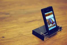 cassette tape case as an ipod stand #greentechgenius now to dig up a cassette!