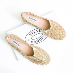 "Steve Madden Champagne Glitter Espadrilles Super casual and on trend. Great for spring/summer.   • Multi-sized glitter with metallic vegan leather edges • 1.5"" platform  • BECAUSE OF LIGHTING, PLEASE BE AWARE THAT COLOR OF THE ACTUAL ITEM MAY SLIGHTLY VARY FROM THE PHOTOS  • MAKE ALL OFFERS USING THE OFFER BUTTON   • NO TRADES Steve Madden Shoes Espadrilles"