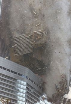 70 Powerful Images From September 11, 2001 - Eye Opening Info | Eye Opening Info